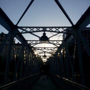 Le pont entre mes deux mondes